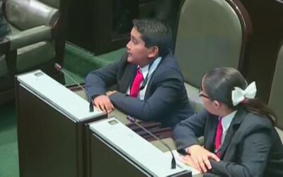 """""""El presidente Enrique Peña Nieto vive en una casa lujosa mientras que v..."""