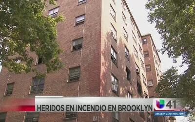 Tres niños heridos en incendio en Brooklyn