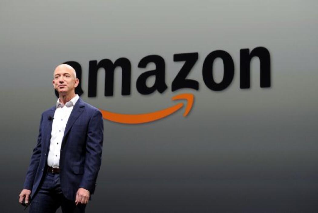 Jeff Bezos, CEO Amazon.com  Fortuna para septiembre de 2013- $27,200 mil...