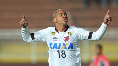 Walter del Atlético Paranaense.