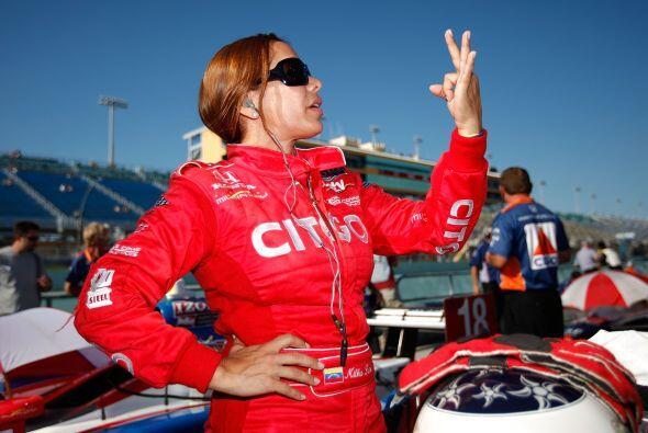 Milka Duno: Es la mujer piloto que ha competido en la mayor cantidad de...