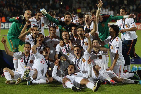 Otro equipo que festejó fue el seleccionado español que ganó el torneo S...