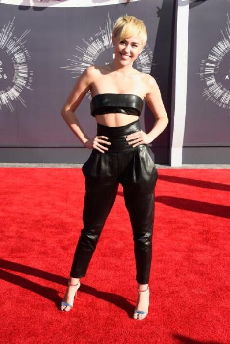 La que sorprendió por lo bien portada que vistió fue Miley Cyrus.