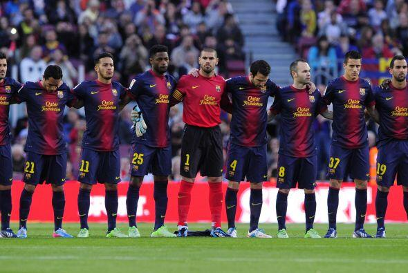 Se guardó un minuto de silencio en todos los estadios de Espa&nti...