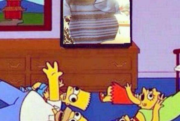 Los Simpson terminaron en el suelo con alucinaciones.