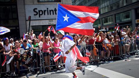 A tres semanas del desfile puertorriqueño, el homenaje a Óscar López Riv...