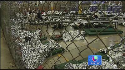 FBI alerta sobre estafadores que aprovechan la crisis migratoria