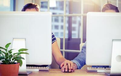 Sin Rollo: ¿Se puede buscar el amor en el lugar de trabajo?