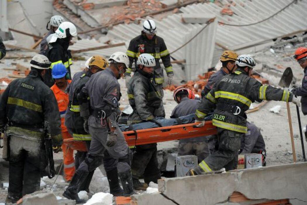 Las labores de búsqueda de sobrevivientes seguían el miércoles.