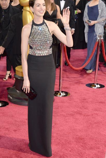 El vestido de Gucci de Anne Hathaway fue una buena elección para...
