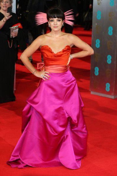 ¡La cantante Lily Allen causó controversia con su 'look' catalogado por...