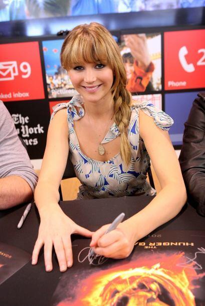 Parece que a Jennifer Lawrence no le basta estar peinada como su persona...