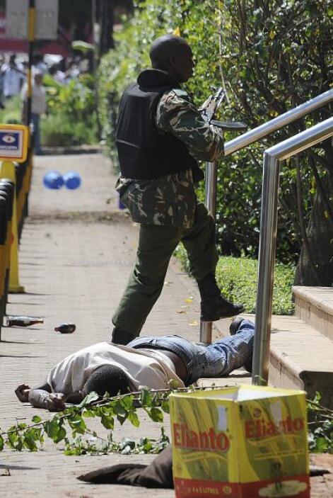ASALTO EN NAIROBI - En septiembre Nairobi, Kenia vivió una de sus peores...