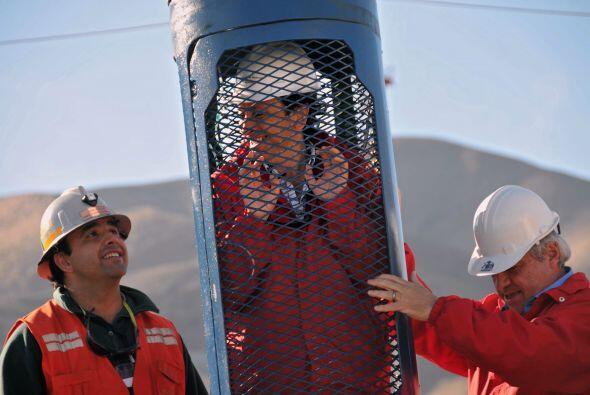 25 de septiembre: Llegada a la mina de una primera cápsula que servirá p...