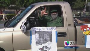 Desfile satírico contra los Castro