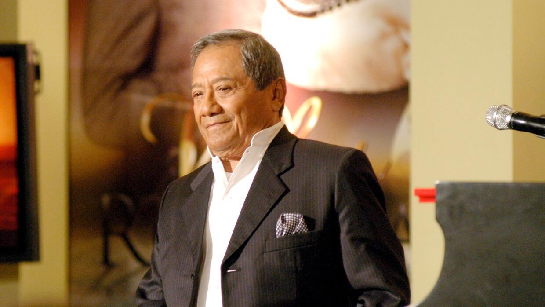 Manzanero es el mejor de los latinos, según Billboard  ARMANDOMANZANERvi...