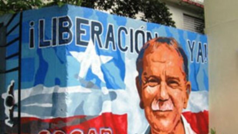 Lleva tras las rejas 34 años. Es el preso político que m&a...