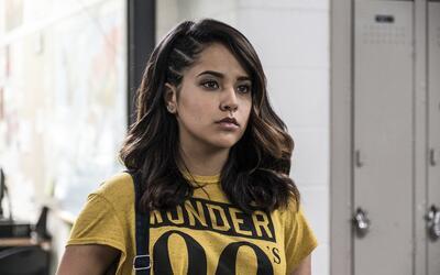 "Becky G interpreta a Trini, la Ranger Amarilla en una escena de ""Po..."