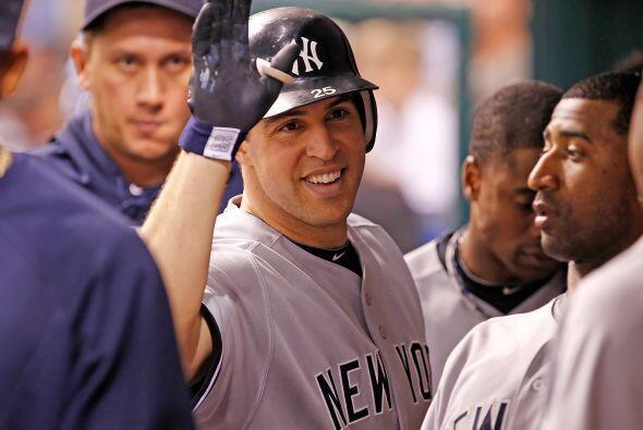 2º INNING.  Yankees anota cuatro carreras y echa una mano a s...