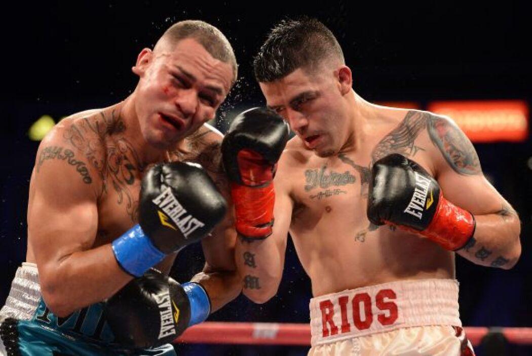 La pelea fue de palo y palo, los dos boxeadores dejaron el alma en el ri...