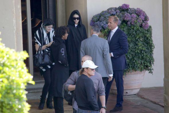 Pero los Kardashian se quedaron en la lujosa Villa San Michele, a un cos...