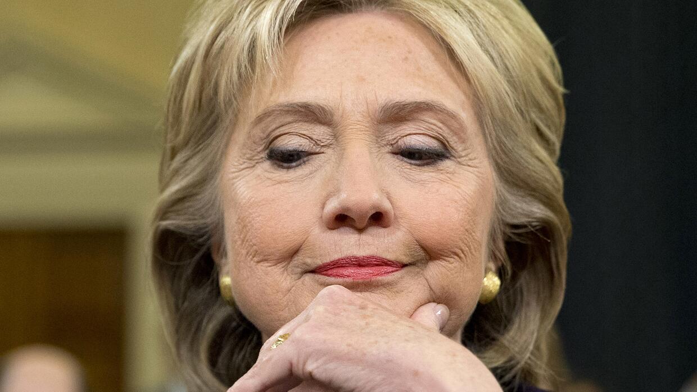 Las 11 horas de declaración de Hillary Clinton sobre Bengasi en fotos cl...