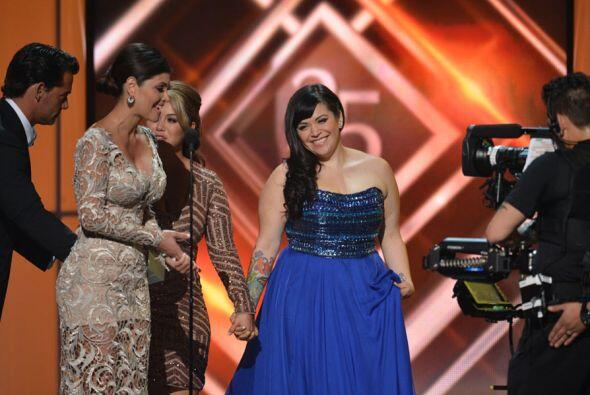 La ganadora fue Jenni Rivera y el premio lo recibieron sus hijas 'Chiqui...