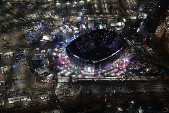 El imponente estadio se fue vaciando lentamente.