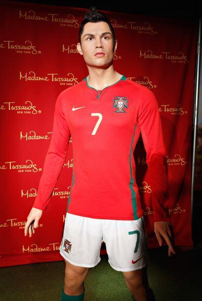 Otra estrella de las canchas, el guapo Cristiano Ronaldo. Aunque aqu&iac...