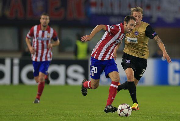 El Atlético de Madrid jugó en el estadio del Austria Viena y se dio un f...