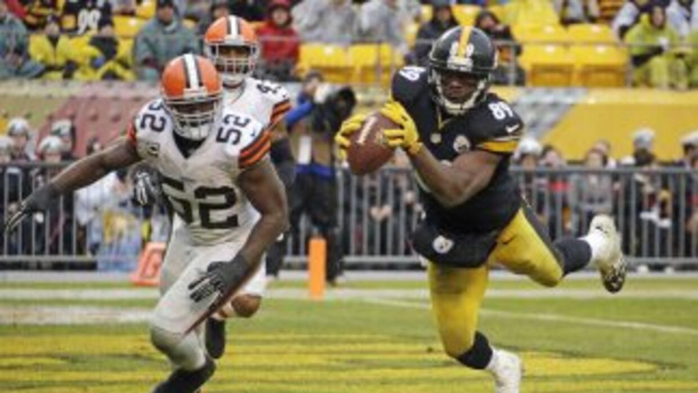 Jerricho Cotchery se decidirá entre Panthers y Steelers (AP-NFL).