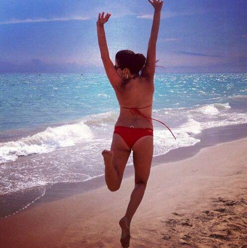 """""""Que manera de terminar las vacaciones...#salto #jumping #playa #feliz #..."""