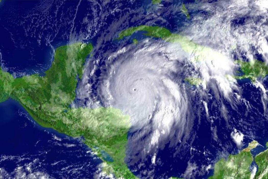 En ese mismo año, México también fue devastado por el potente huracán Wi...