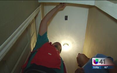 Iniciativa para instalar alarmas contra incendio en San Antonio