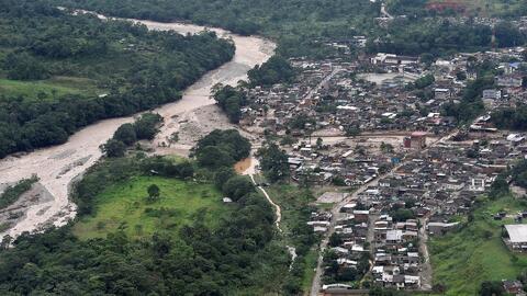 Más de 190 muertos deja el desbordamiento de tres ríos en Colombia