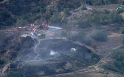 Reportan un incendio forestal en Pacoima