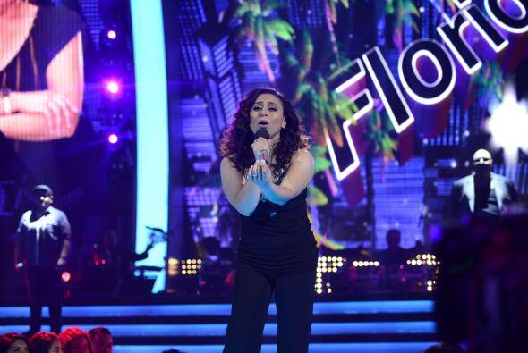 """Michelle cantó """"Herida"""" en la gala de estreno."""
