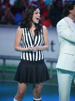 Anabella te mostrará que su sonrisa no tiene igual en la televisi...