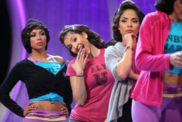 Pero antes de que eso pase, pudimos captar a las chicas en el 'backstage'.