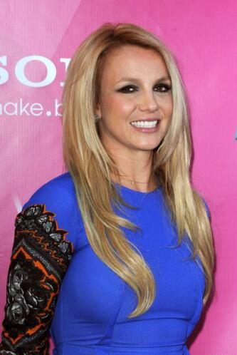 Disco de Britney Spears saldría hasta 2016.