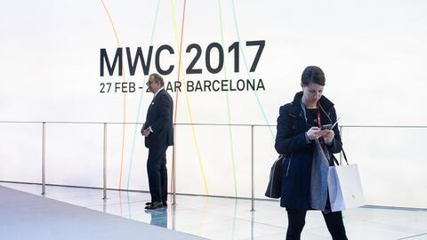 En video: los nuevos teléfonos que vienen este año en el 'Mobile World C...