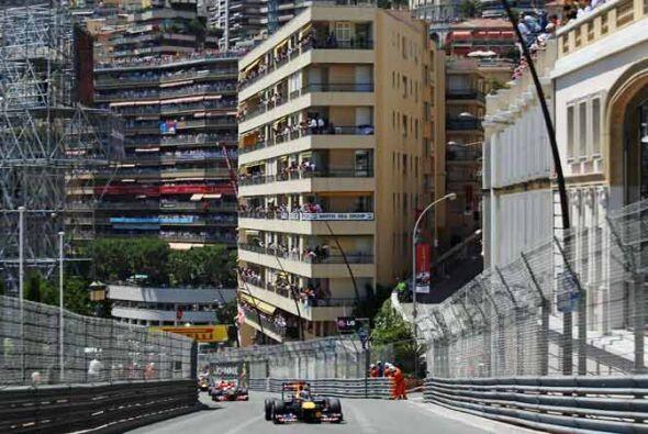 Vettel logró mantenerse por delante de Alonso y Button antes del...