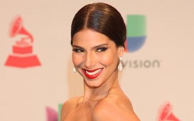 Roselyn Sánchez, ¿nerviosa por conducir #LatinGRAMMY?