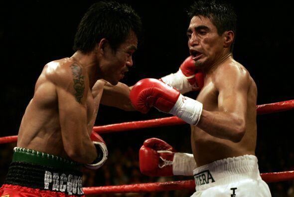 Manny Pacquiao estuvo a punto de visitar la lona en el quinto asalto cua...