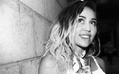 """Miley Cyrus le dice adiós al """"twerking"""" y limpia su imagen"""