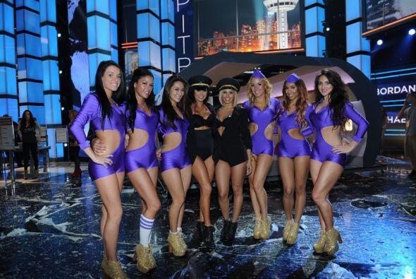 Estas bellas chicas se convirtieron en las azafatas de Pitbull y Chris B...