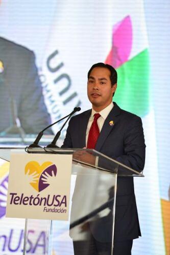 El alcalde de San Antonio también recalcó el esfuerzo de la comunidad y...