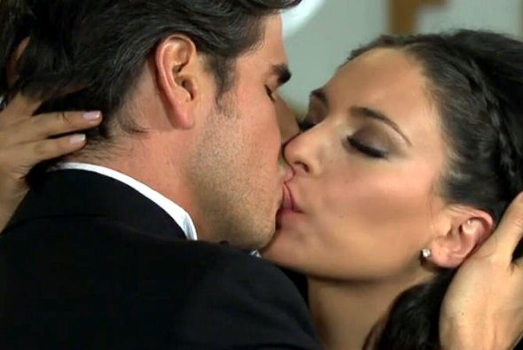 Juntos hicieron buen equipo y convencieron con su amor de telenovela.