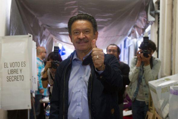 El líder nacional del Partido de la Revolución Democrática (PRD), Carlos...
