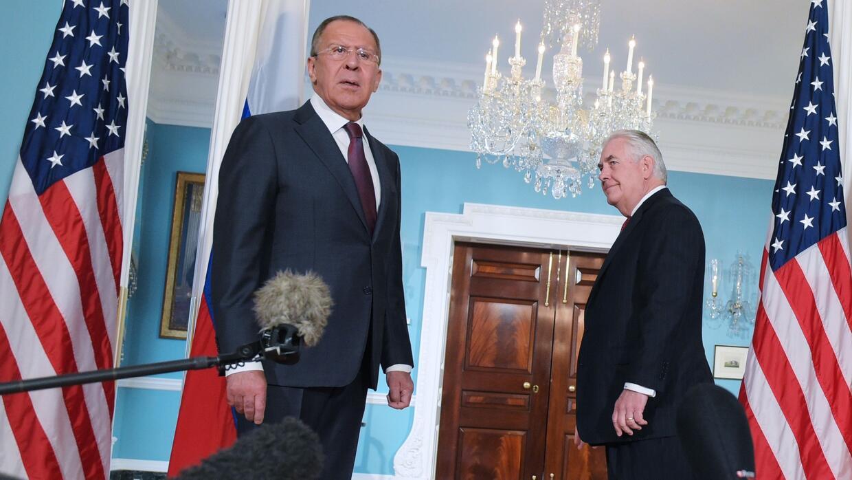 Canciller ruso sobre Comey: ¿Le han despedido? Está bromeando